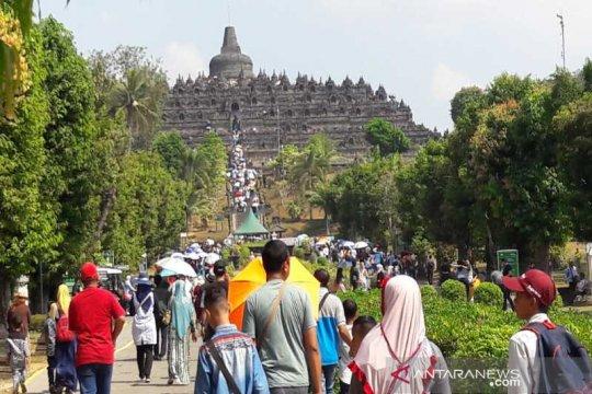 Pelestarian Candi Borobudur di tengah maraknya kunjungan wisatawan
