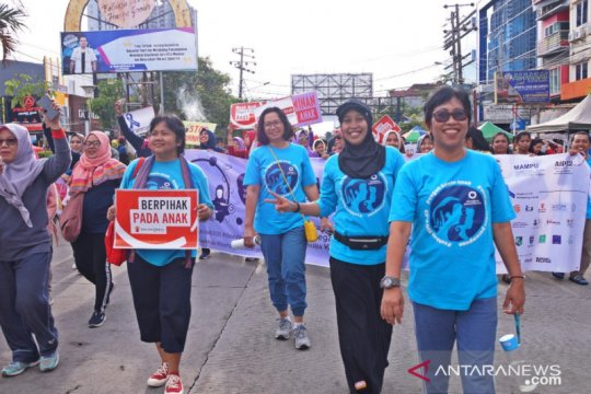 Peringatan hari perempuan internasional tekankan perlindungan anak