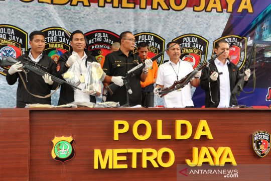 Polda Metro Jaya sita empat senjata api laras panjang rakitan