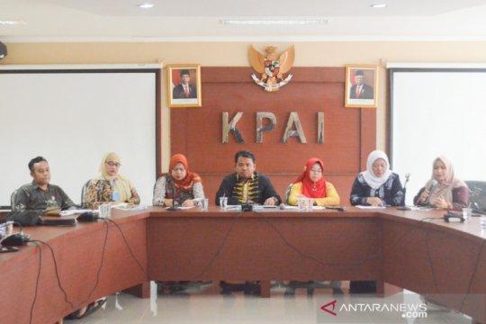 MK tolak usulan adanya komisi perlindungan anak daerah