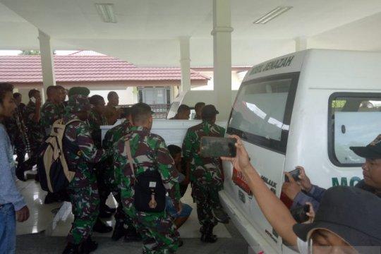 Jenazah prajurit TNI AD tertembak KKB akan diterbangkan ke Baubau