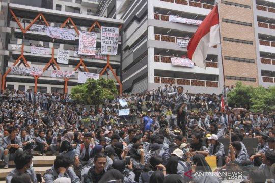 Demo mahasiswa Gunadarma