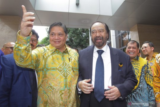 Surya Paloh minta legislatif sikapi putusan MK soal pemilu serentak