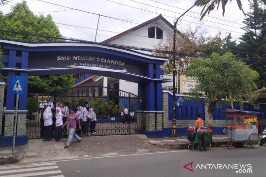 Disdikbud imbau sekolah di Cianjur tidak melakukan karyawisata