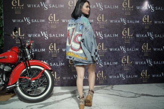 Wika Salim geluti desain produk fesyen lokal