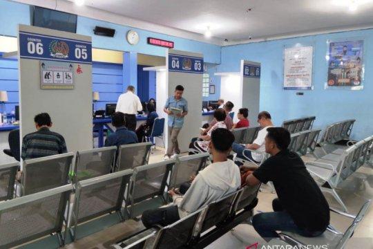 Terkait COVID-19, Permohonan papsor Imigrasi Palembang turun 50 persen