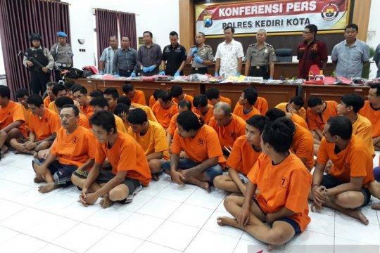 Polisi Kediri ungkap modus baru penjualan obat di kalangan pelajar