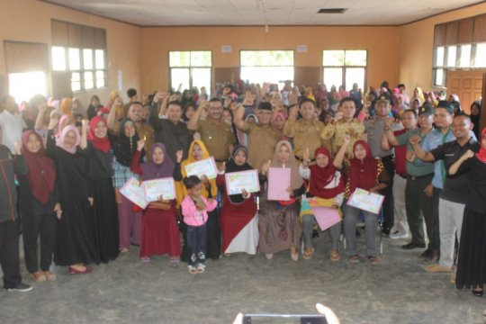 Bupati Pasaman Barat apresiasi 43 keluarga mundur dari PKH