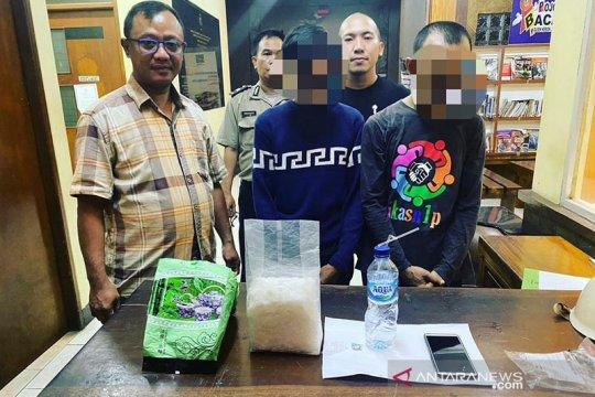 Polisi amankan dua pengedar sabu di Kebon Jeruk