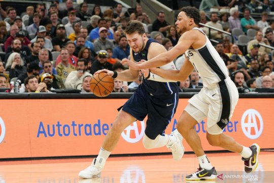 NBA: San Antonio Spurs kalahkan Dallas Mavericks 119 - 109