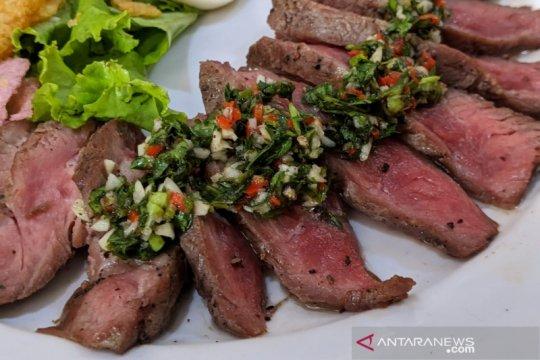 Steak Karambia, perkawinan hidangan Minang dan Barat