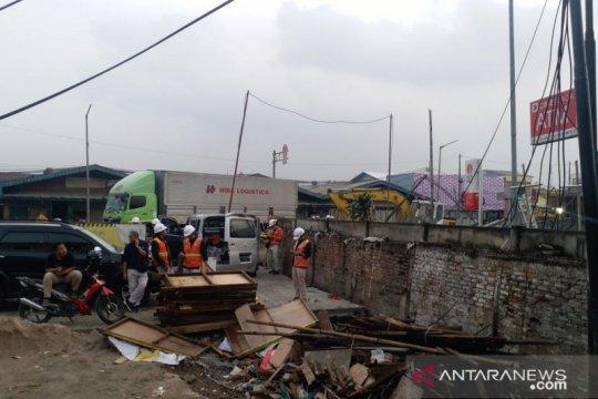 Jalan Bekasi Raya sudah dibuka setelah tutup akibat kebocoran gas
