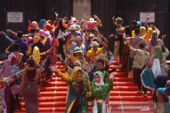 Parade seni siswa berkebutuhan khusus di Yogyakarta