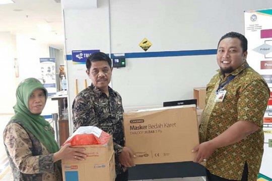 Pemkot Surabaya bantu masker dan baju pelindung kepada RS Unair