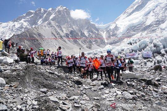 Cegah COVID-19, Nepal tutup jalur pendakian Gunung Everest