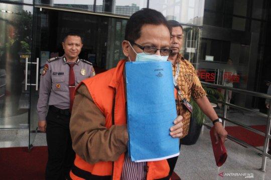 KPK perpanjang penahanan bekas Kadis PUPR Kabupaten Mojokerto