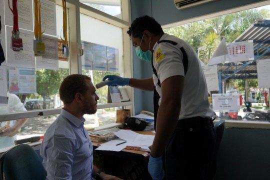 PLN NTT terapkan pemeriksaan suhu tubuh cegah COVID-19