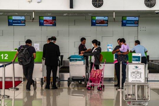 Masa pembatasan perjalanan orang di Bandara Ahmad Yani diperpanjang