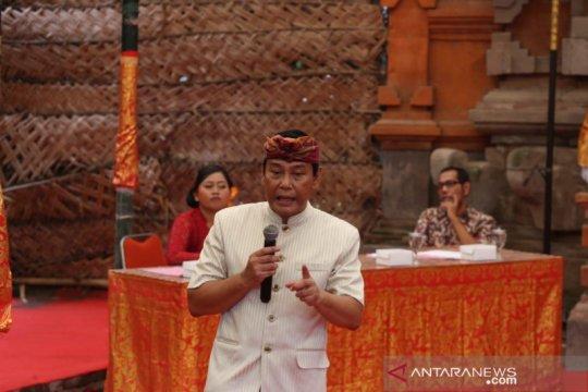 Pakar busana: Tiga jenis kain Bali alami kepunahan