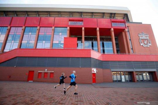 Liverpool rumahkan karyawan, tapi tetap jamin bayaran