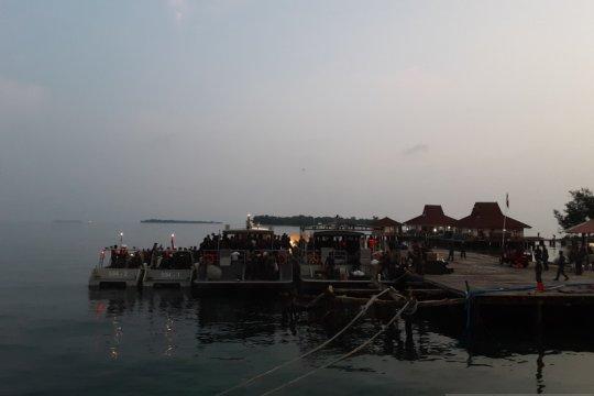 188 ABK World Dream mulai dikeluarkan dari Pulau Sebaru
