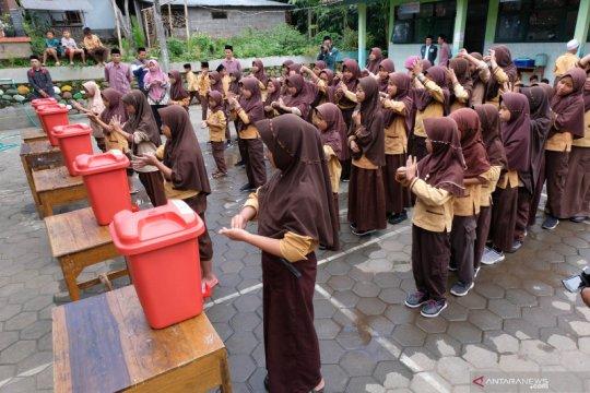 Gerakan mencuci tangan untuk pelajar