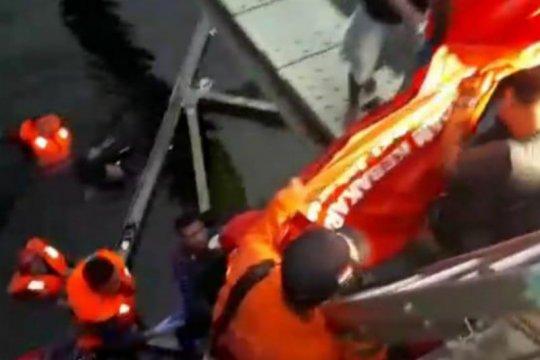 Remaja yang tenggelam di Jatinegara ditemukan tewas