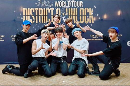 Grup K-pop Stray Kids segera debut di Jepang