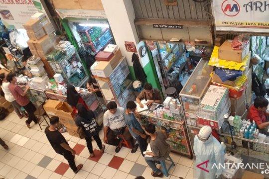 Pedagang di Pasar Pramuka raup omzet berlipat