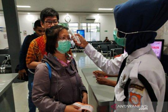 Penumpang KA di Surabaya turun signifikan akibat pembatasan kapasitas