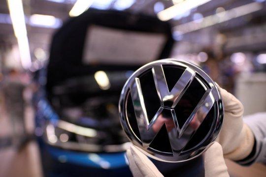 VW hentikan operasi pabrik mereka di Slovakia karena virus corona