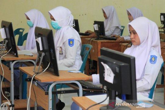 Kemdikbud: UNBK SMK berjalan lancar dengan terapkan protokol kesehatan