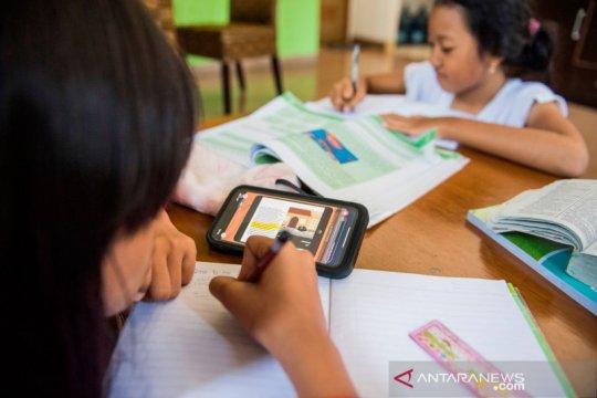 Kabupaten Bekasi perpanjang lagi masa siswa belajar di rumah