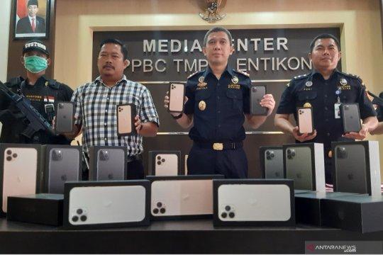 Bea dan cukai Entikong sita Iphone ilegal