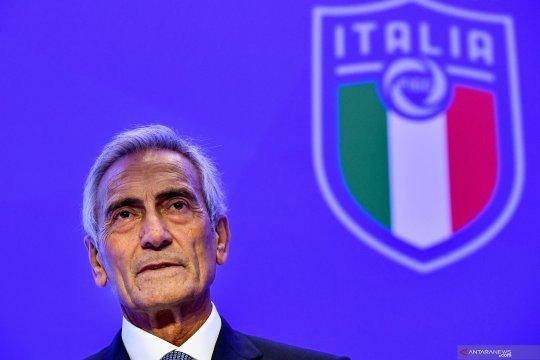 "Presiden FIGC bersikeras tak mau jadi ""penggali kubur"" sepak bola"