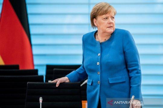 Angela Merkel swakarantina setelah kontak dengan dokter positif corona