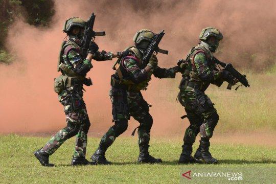 Latihan tembak tempur Taifib