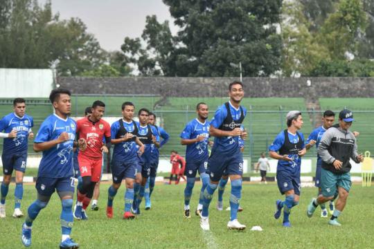 Persib Bandung masih rumuskan kapan pemain kembali berlatih bersama