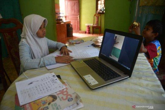 Psikolog: Dampingi anak untuk belajar di rumah