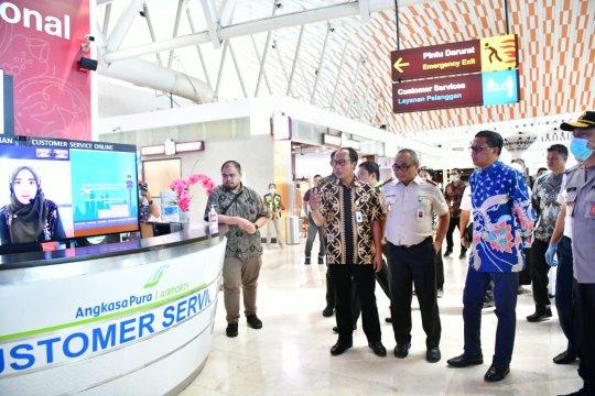 Gubernur tinjau kepulangan peserta itjima dunia di Bandara Hasanuddin