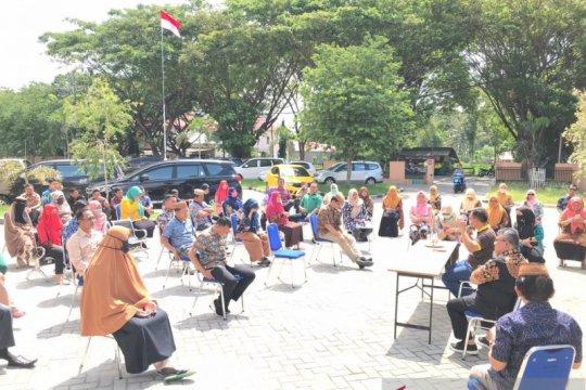 Bappeda Provinsi Gorontalo terapkan rapat di luar ruangan