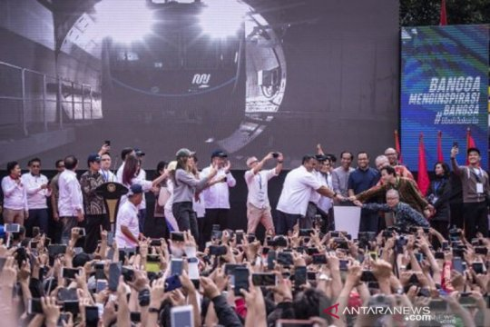 Setahun MRT sebagai keajaiban di Jakarta