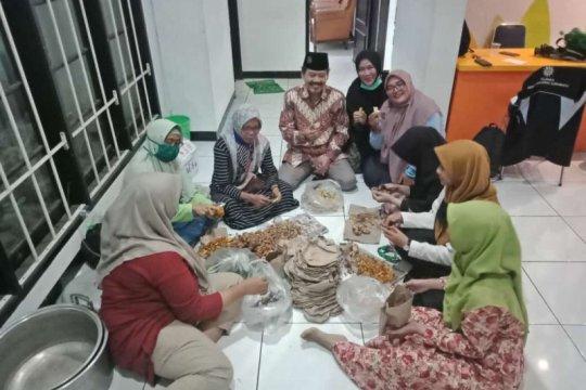 Muhammadiyah Surabaya buka posko dan dapur umum lawan COVID-19