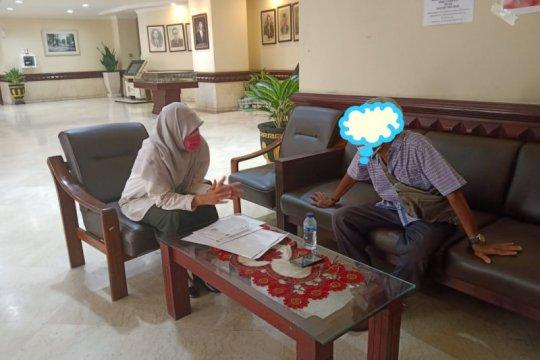 Kebijakan Pemkot Surabaya gratiskan tes swab COVID-19 dinilai telat