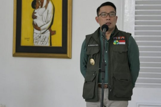 Pemerintah Jawa Barat akan bagikan sejuta masker ke warga