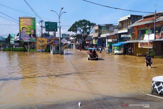 Sebanyak 65.703 jiwa terdampak banjir di Kabupaten Bandung