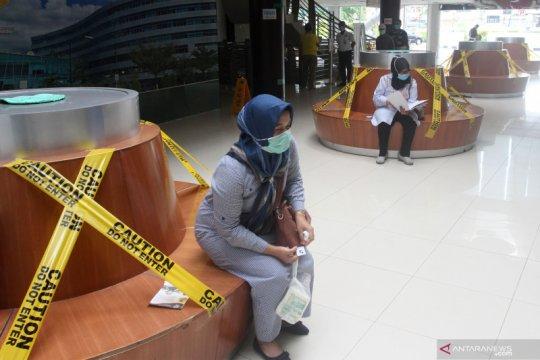 RS Semen Padang terapkan sosial distancing