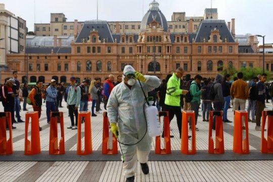 """Argentina perpanjang """"lockdown"""" di Buenos Aires"""