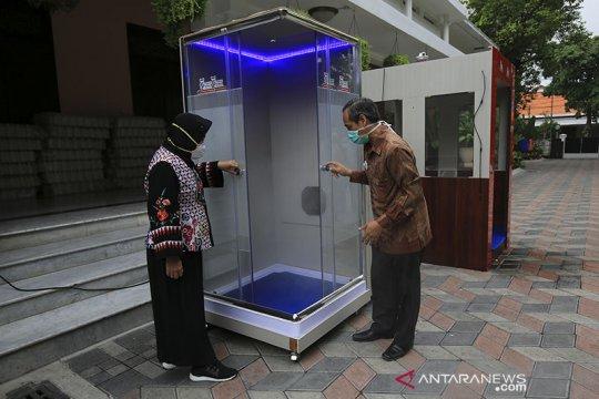 Surabaya buat bilik sterilisasi COVID-19, satu akan ada di rumah Risma