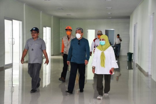 Dinas Kesehatan Sulbar pesan 150 APD bagi tenaga medis